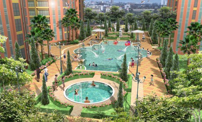 The-venice-pool