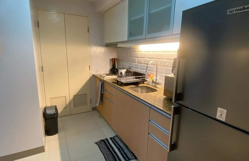 1 BR Condo for Lease One Uptown